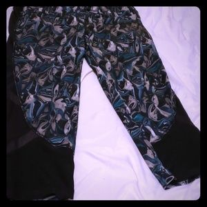 Multi colored green Avia active wear pants